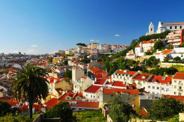 Walk around Lisbon and its surroundings